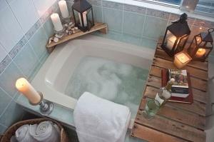 bath caddy for spa bathroom